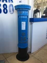 Blue pillar box at top of Blackpool Tower. (Bennydorm) Tags: elizabethregina iphone6s septembre september blackpooltower inglaterra inghilterra angleterre europe uk gb britain england lancashire blackpool different unusual letterbox mailbox er royalmail postoffice postbox pillarbox blackandblue blue