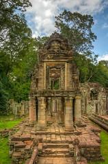 Preah Khan | Angkor (Dominik Wesche) Tags: angkor cambodia kambodscha khmer temple jungle preahkhan taprohm