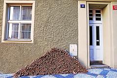 Prague Pyramid (kirstiecat) Tags: prague praha wood firewood home czechia czechrepublic door window house triangle prag