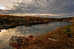 Колыбель тишины (vladsid1969) Tags: карьер тишина осень природа пейзаж облака отражение quarry silence autumn nature landscape clouds reflection nex6samyang12mmf2