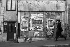 Lyon (France) (OMM.photographie) Tags: nb bw canon 5d eos monochrome street people lyon france town noiretblanc noirblanc blackandwhite blackwhite canon5d 5dcanon canon5deos canoneos5d canon5dmarkiv canon5deosmarkiv canoneos5dmarkiv 5dmarkiv canonmarkiv