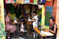Sewing - Market at the ferry terminal - Entebbe (JohnMawer) Tags: entebbe market sewing sewingmachine