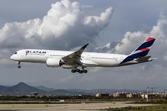Airbus A350-941 A7-AMA Qatar Airways (msd_aviation) Tags: qatar airways latam airlines brasil a7ama airbus a350 a350900 a350xwb lebl bcn barcelona prat airport landing spotters spotting planes airplanes