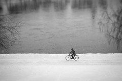 Winter cyclist (Helena Normark) Tags: cyclist wintercyclist winter snow nidelven nidelva trondheim trøndelag sørtrøndelag norway norge sonyalpha7ii a7ii 50mm lensbaby edge50 lensbabyedge50 lensbabylove seeinanewway