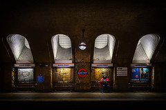 Excursion (raymond_carruthers) Tags: arch trainstation city subway lights platform urban underground candid station shadows tube london circleline passenger bakerstreet uk transport