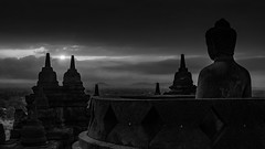 The Birth Of The Sun (Borobudur, Java, Indonesia. Gustavo Thomas © 2018) (Gustavo Thomas) Tags: borobudur buddhist buddhism budismo buddha statue stupa temple centraljava indonesia asia travelvoyage voyager trip mono monochrome blackandwhite blancoynegro bnw sunlight dawn sunrise meditation religion landscape sky clouds sun
