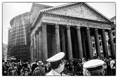 R0001696 (manuelcesari) Tags: ricoh gr ii bianco nero black bw street roma camera contrasto shot snap