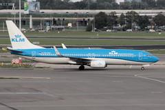 PH-BXA (vriesbde) Tags: amsterdamschiphol amsterdam schiphol eham ams phbxa boeing7378k2winglets boeing7378k2 boeing737800 boeing737 boeing 7378k2 737800 737 738 winglets zwaanswan zwaan swan klm