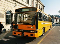 Inbus S-210 FT (1987) (maximilian91) Tags: inbuss210ft inbuss210 inbus oldbuses vintagebuses italianbuses italia italy liguria laspezia ektar100 35mm analogue nikonfe