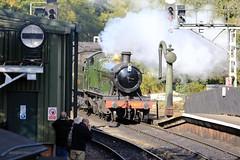 J78A2840 (M0JRA) Tags: pickering trains station people old steam railways rails platforms shops