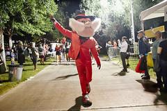 D72362_022 (unlvalumni) Tags: homecoming festival parade cheerdance cheerleader mascot heyreb alumniassociation lasvegas nevada