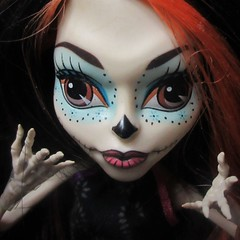 MM 29 October 2018: Skelita Calaveras (jefalump) Tags: macromondays trickortreat macro skelitacalaveras monsterhigh portrait face halloween orange atsh