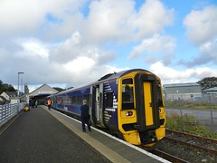 Thurso Railway Station, Thurso, Caithness, 27th September 2018 (allanmaciver) Tags: scotrail far north line unique class 158 yellow blue guard station thurso caithness clouds weather long journey scenery allanmaciver