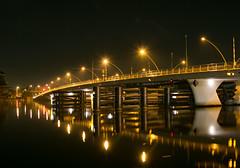 Julianabrug Zaandijk (Roelie Wilms) Tags: zaanseschans zaandam zaandijk julianabrug nederland noordholland bridge brug zaan longexposure night water road