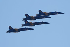4 3 2 1 (tourtrophy) Tags: blueangels usnavy f18hornet fighterjets canoneos7dmark2 canonef100400mmf4556lisiiusm