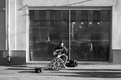 (赤いミルク) Tags: blackandwhite monochrome ビンテージ ビニル black romantism gothic コントラスト 赤 red ウォール wall ゴースト 悪魔 ghost 友人 ドア doors 贈り物 地平線 horizon モノクローム 暗い street 壁 surreal intriguing 生活 life door texture 秋 雨 overpast 賞賛 光 影 白黒 幽霊 いかだ ダンス shadows