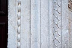 Marble Details [Rab - 25 August 2018] (Doc. Ing.) Tags: 2018 rab croatia otokrab rabisland happyisland kvarner kvarnergulf summer mediterraneansea adriatic marble cathedral cathedralofstmarythegreat stone stonework nikond5100
