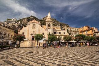 Piazza IX Aprile - Taormina (Italy)