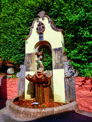 Portmeirion, Gwynedd, Wales   [Explored] (photphobia) Tags: portmeirion gwynedd wales uk greatbritain oldwivestale italianstyle oldvillage tourist holiday northwales architecture buildings