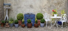 Courtyard Patio (vanessawilthew) Tags: patio courtyard pots yorkshire ripon rustic bistro