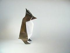Rockhopper Penguin - Yamaguchi Makoto (Rui.Roda) Tags: origami papiroflexia papierfalten pinguim manchot pinguino rockhopper penguin yamaguchi makoto