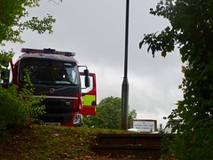 Incident, Maendy Way, Cwmbran 4 October 2018 (Cold War Warrior) Tags: firebrigade gwentpolice police veolia spillage cwmbran