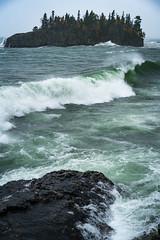 Breaking Waves 20181010-DSC00523-2 (Prairieworks Pictures) Tags: blue ellingsonisland greatlakes island lakesuperior minnesota windstorm zeiss a7r2 fesonnar1855 green rocks rocksandwaters sony tempest waves