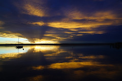 RU_201810_Herrsching_047.jpg (boleroplus) Tags: coucherdesoleil lac horizontal paysage nuage reflet contrejour bateau herrsching bayern germany de