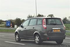 2012 Landwind CV9 (NielsdeWit) Tags: nielsdewit car vehicle 49zgs2 a12 highway snelweg harmelen landwind cv9 mpv 2012