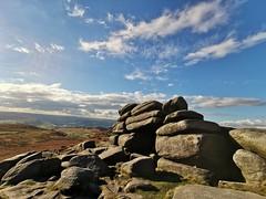 Sunshine stones (grahame9590) Tags: peakdistrictnationalpark burbage higgertor huaweimate20pro huawei wideangle sheffield