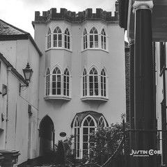 A day in Totnes Devon  #town #cities #lookingup #buildings #lines #architexture #skyscraper #geometry #geometric #arts #archidaily #building #architectureporn #pattern #composition #perspective #architecturelovers #abstract #archilovers #minimal #cityview (justin.photo.coe) Tags: streets arquitectura devon cityview urbano pattern building minimal composition lookingup perspective architecturelovers lines architexture archilovers village arts justinphotocoe archidaily town cities skyscraper abstract oldtown buildings geometric architectureporn geometry