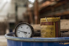 Usine S. -0038 (Under The Dust) Tags: urbex industry wool laine decay abandoned factory usine