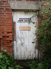 Southwold Town Council Southwold Suffolk (Simon Ross Photos) Tags: southwold suffolk doors olympus penf 2018