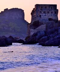 Torre Fiuzzi Praia a mare Italy (Arcieri Saverio) Tags: italia italy calabria cosenza praia torrefiuzzi fiuzzi torre medioevo medieval historia storia cultura arte fortezza mare nikon d510 d5100 paesaggio