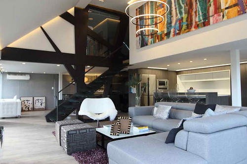 loft contemporary style