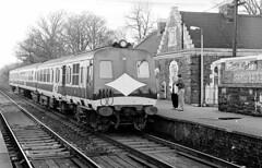 NIR 80 Class No. 98 at Helen's Bay (AllyJay2006) Tags: nir 80class northernirelandrailways 98 helensbay countydown