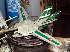"1:100 Stonewell/Bellcom VF-1J (Block 5 with MLU update) ""Valkyrie""; aircraft ""ET 240"" of the U.N. Spacy SVF-201 ""Flying Shamrocks""; Magadan Air Base, late 2017 (modified ARII kit) - WiP (dizzyfugu) Tags: arii 1100 green ral 1000 fictional aviation dizzyfugu modellbau whatif anime macross model kit japanimation battroid valkyrie destroid giant robot gerwalk fighter zentraedi transformers oav robotech protoculture vf1 walküre plus amm1 vf1a vf1j laser irst whif"