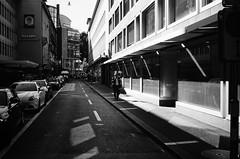 Nelson (gato-gato-gato) Tags: 35mm contax contaxt2 iso400 ilford ls600 noritsu noritsuls600 schweiz strasse street streetphotographer streetphotography streettogs suisse svizzera switzerland t2 zueri zuerich zurigo analog analogphotography believeinfilm film filmisnotdead filmphotography flickr gatogatogato gatogatogatoch homedeveloped pointandshoot streetphoto streetpic tobiasgaulkech wwwgatogatogatoch zürich ch black white schwarz weiss bw blanco negro monochrom monochrome blanc noir strase onthestreets mensch person human pedestrian fussgänger fusgänger passant sviss zwitserland isviçre zurich autofocus