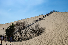 Dune du Pilat (gael.lamirand) Tags: france escaliers nature ciel nouvelleaquitaine matières sable dune bleu couleurs dunedupilat europe univers gironde latestedebuch fr
