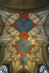 Tewkesbury Abbey (carolyngifford) Tags: tewkesburyabbey tewkesbury vaulting ceiling gilding