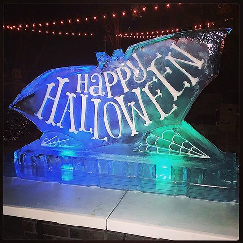 Who's ready for some #trickortreating tomorrow? Some of us got started a few days early! #happyhalloween🎃 #fullspectrumice #iceluge #thinkoutsidetheblocks #brrriliant - Full Spectrum Ice Sculpture