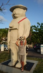 Hey There, It's Yogi Bear! (omnia_mutantur) Tags: statua statue bear orso ours urso gustavia france francia frança uomo male maschio homme man stud mate mec saintbart saintbarthélemie antille antillas caraibi caribe caribbean hombre caraïbes tio homem