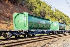 Tramesa (Escursso) Tags: 253 253084 adif bombardier castellbisbal mercancias renfe teco tramesa traxx quimico railway spain train tren tanktainer