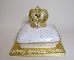 Gold Crown Birthday 301384 (Creative Cakes - Tinley Park / Naperville) Tags: crown edible gold shaped quilted pillow