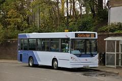 First Glasgow EG52 FGU (43865) | Route 81 | Clydebank Bus Station, W. Dunbartonshire (Strathclyder) Tags: first glasgow firstglasgow dennis transbus dart salvador caetano nimbus eg52 fgu eg52fgu 43865 clydebank chalmers street west dunbartonshire scotland olympiarevised scotstoun firstkernow firsteasterncounties connex jersey j101725 225 slimbus