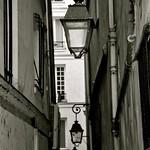 Les lampadaires de la Rue du Chat-qui-pêche thumbnail