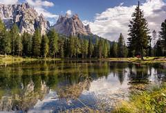 Dolomitas (Pablo J. Pozo) Tags: dolomitas reflejo reflection lagoantorno dolomites