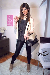 Black & Cream (jessicajane9) Tags: tg crossdressing transvestite crossdress tgurl feminization m2f tranny crossdresser feminised tv cd transgender xdress tgirl leggings trans