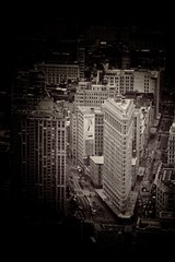 Flat Iron in focus... (zapperthesnapper) Tags: vintagefilter flatironbuilding ny newyork architecture monochrome mono monochromatic sepia