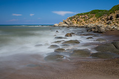 Smoothed waves (tom.leuzi) Tags: bigstopper canoneos6d italia italien italy le lee landschaft langzeitbelichtung meer ndfilter sicilia sicily sizilien tamronsp2470mmf28divcusd wasser filter landscape longexposure sea water beach rocks